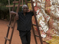 Anatsui at Work - image